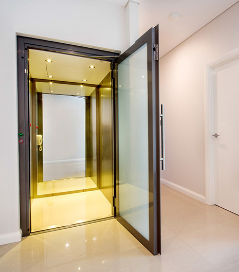 Luxury home elevators including pneumatic vacuum lifts for Luxury homes with elevators